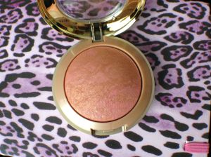 Milani BB Berry Amore3