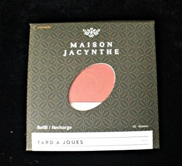 Maison Jacynthe Fard a Joues