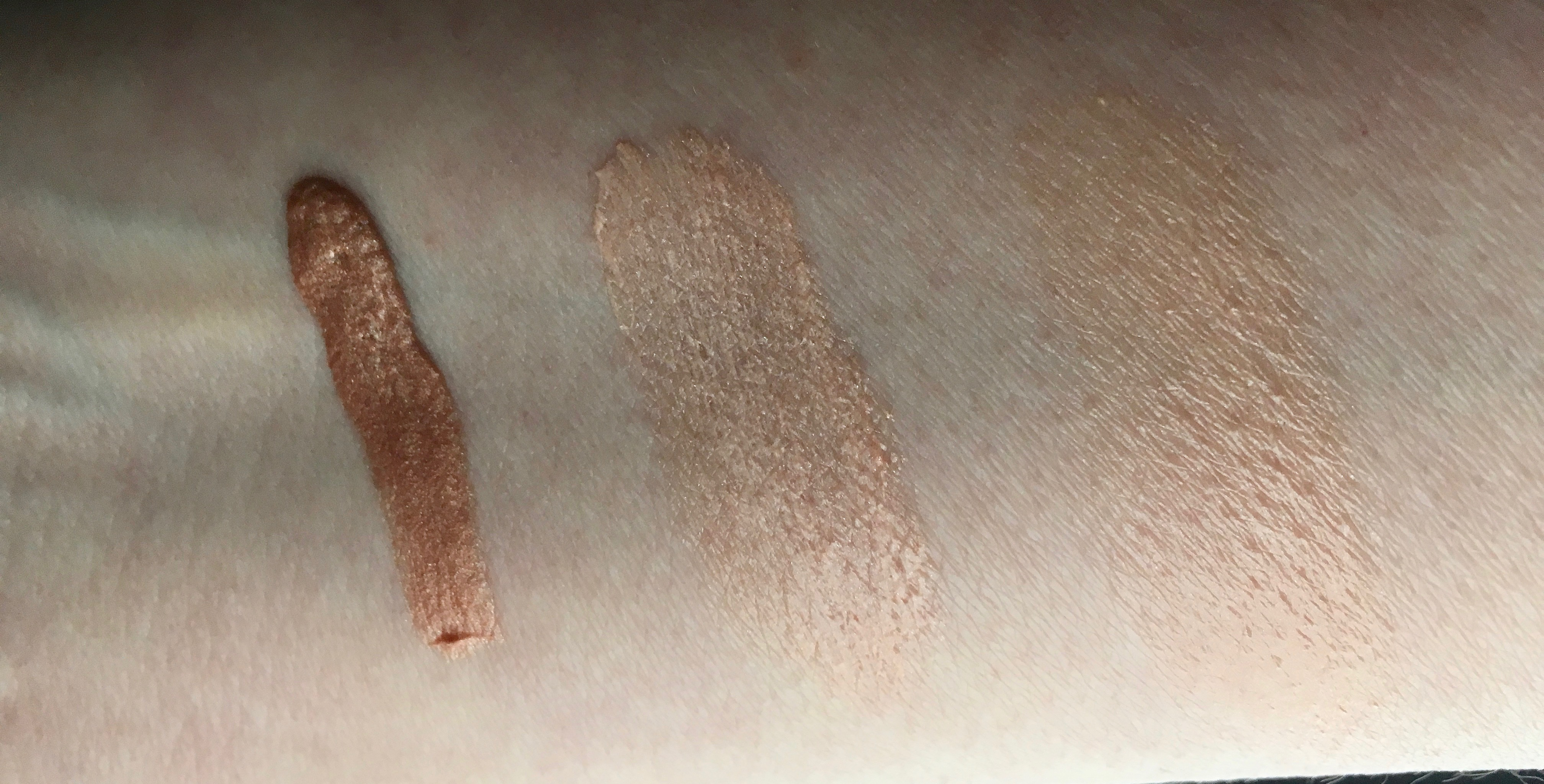 K.Voss Bronzing Potion Glow Cream Swatch