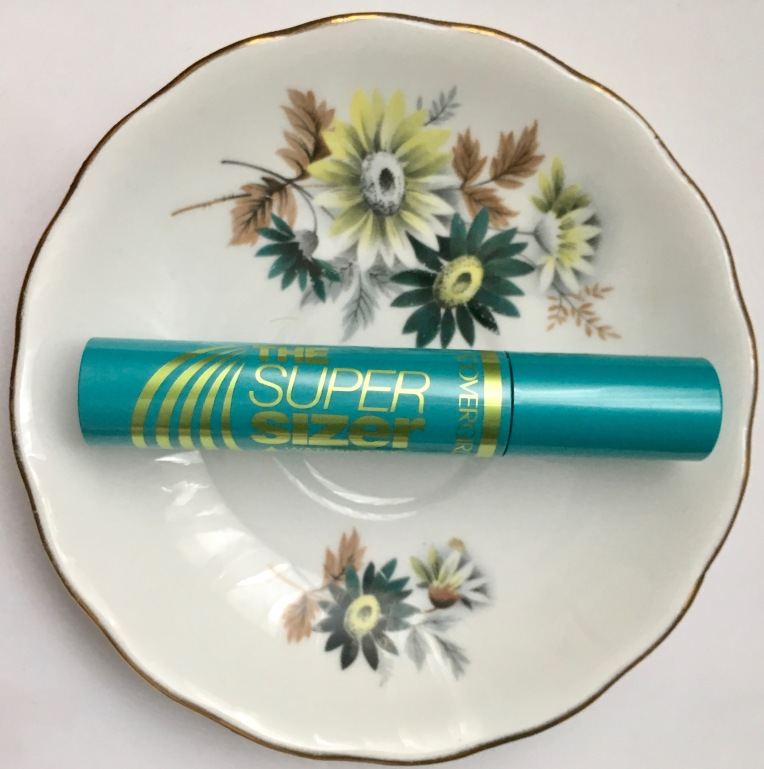 Covergirl Super Sizer by Lashblast Waterproof Mascara
