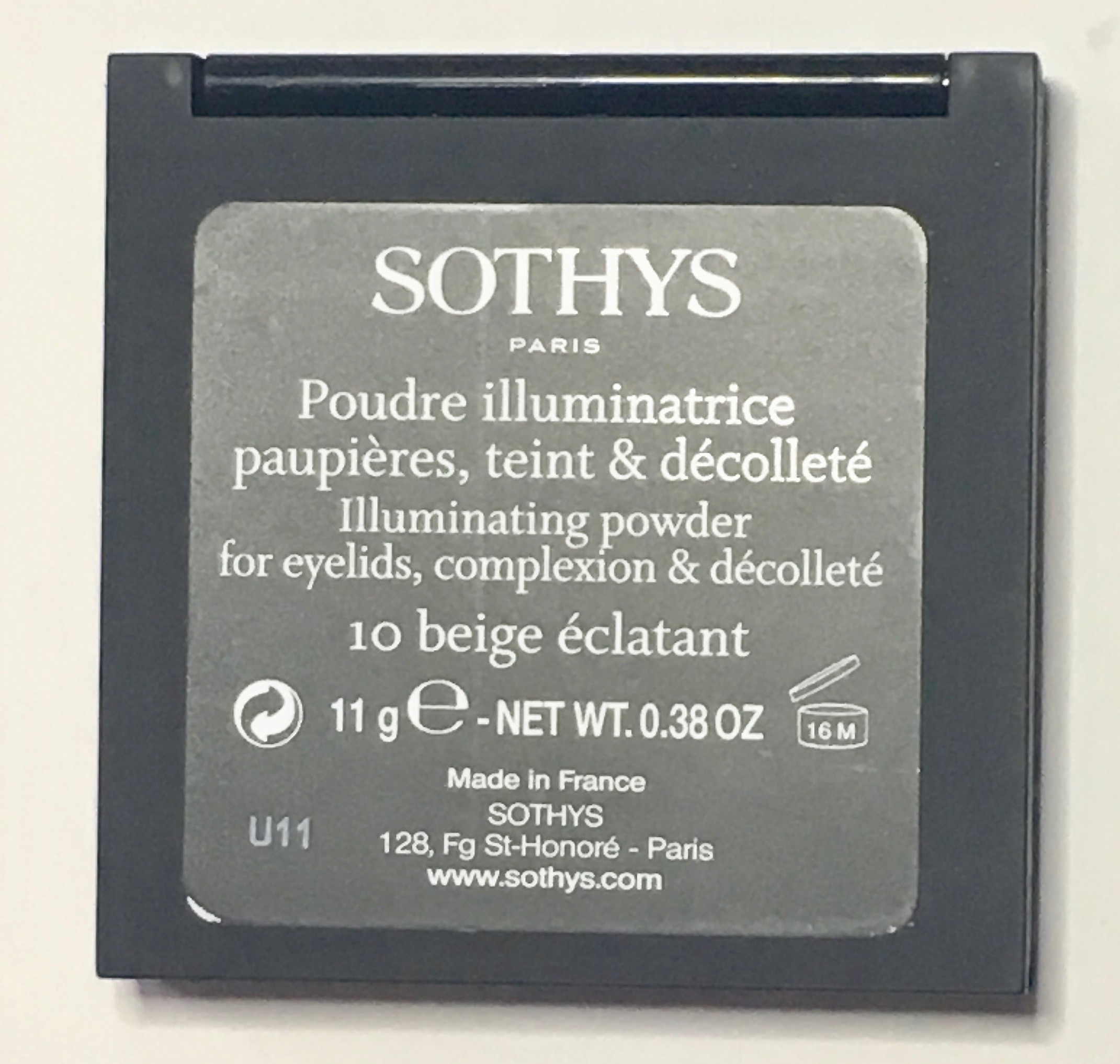 Sothys Bleu Envoûtant Fall Winter 2019 Makeup Collection - Illuminating Powder 10 Beige Éclatant