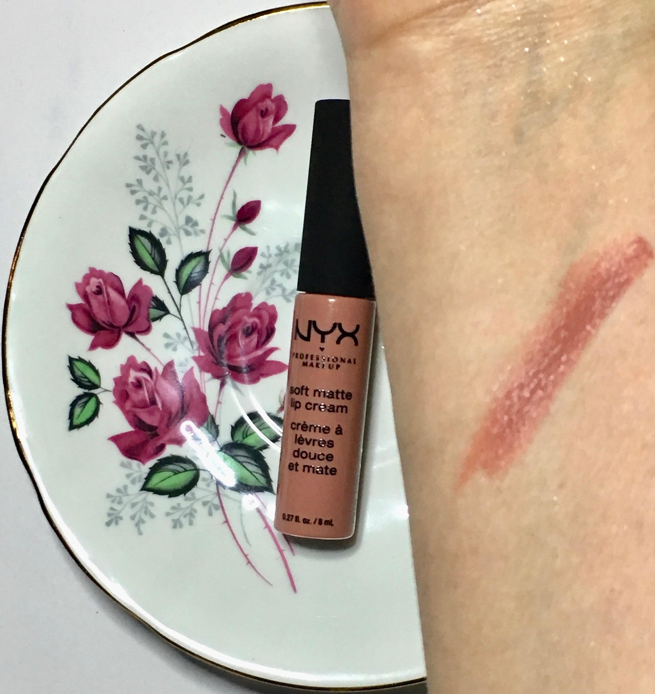 Nyx Soft Matte Lip Cream - Stockholm Swatch