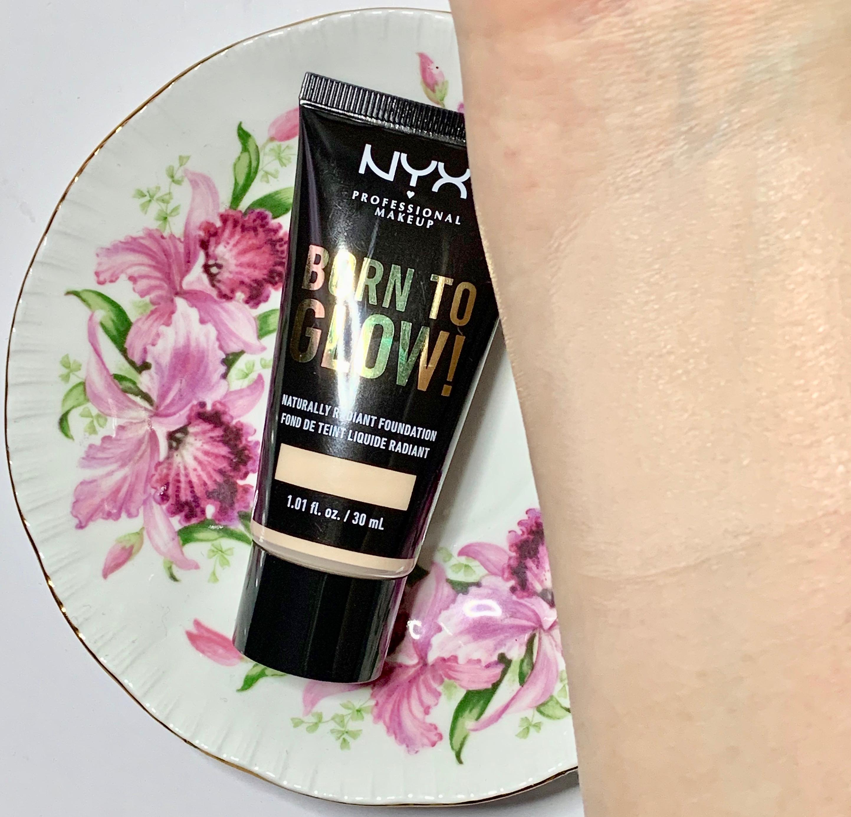 Nyx Born to Glow Naturally Radiant Foundation