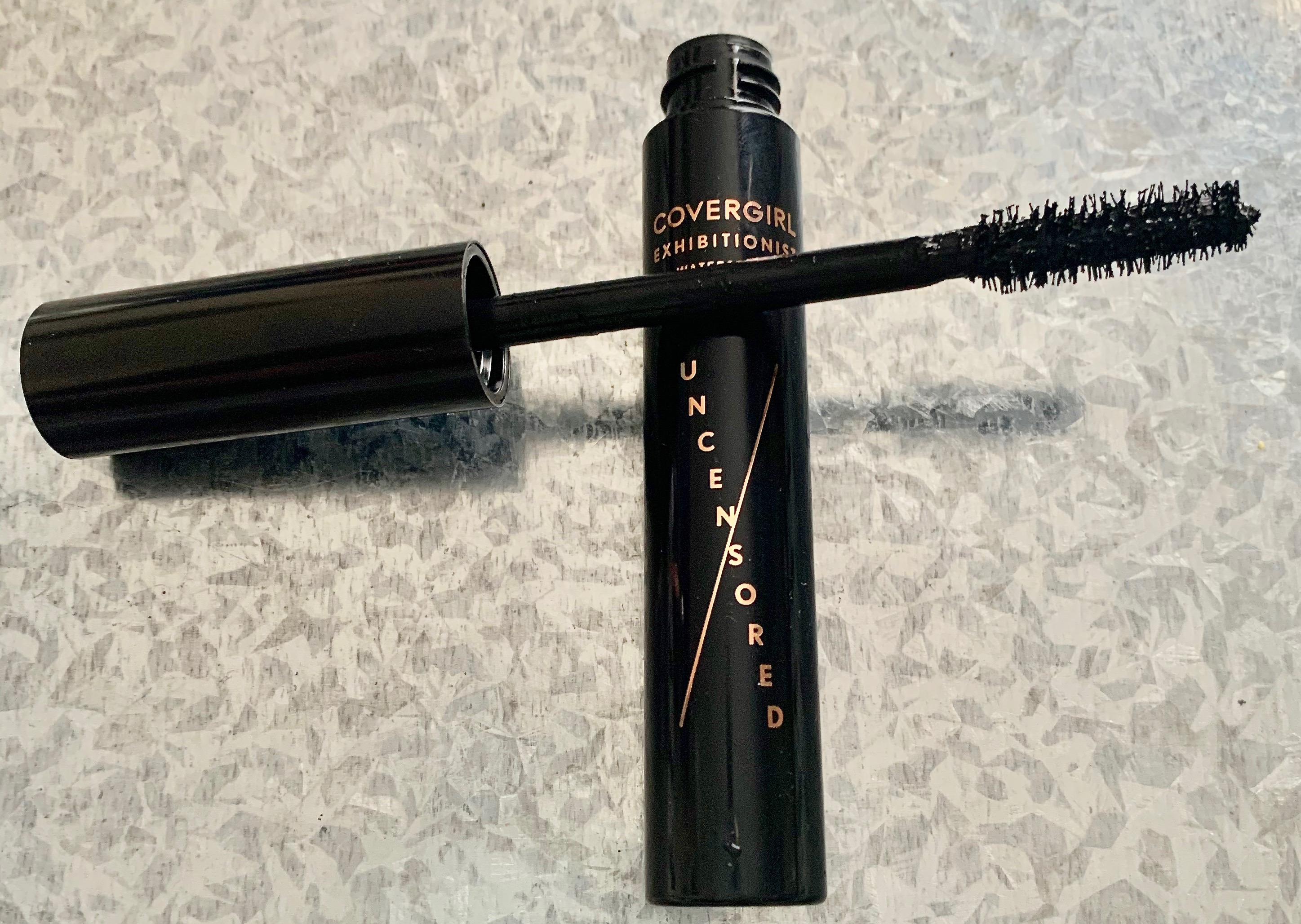 Covergirl Exhibitionist Uncensored Mascara Waterproof